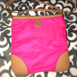 TORY BURCH CROSSBODY. Never used. Beautiful color!
